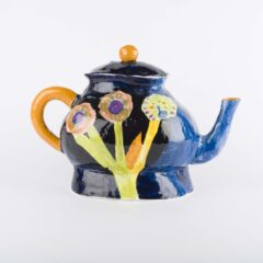 Tea Pot by Edla Griffiths, courtesy of York Museums Trust